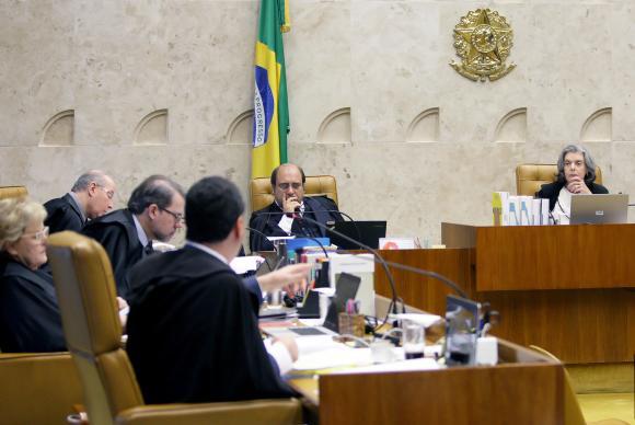Política: Renan Calheiros vira réu no Supremo pela primeira vez