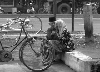 romantisme kakek dan nenek copy - Novel Terbaru : Novel Arti Romantis Berdasarkan Ku