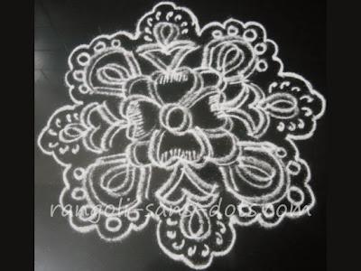 black-white-rangoli-4.jpg