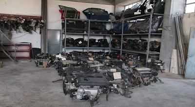 Λαρισαίος ιδιοκτήτης εταιρίας μεταχειρισμένων αυτοκίνητων πουλούσε κλεμμένα ανταλλακτικά!