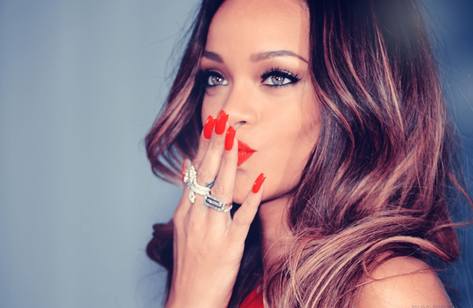 Kumpulan Lirik Lagu Diamonds Lyrics Rihanna