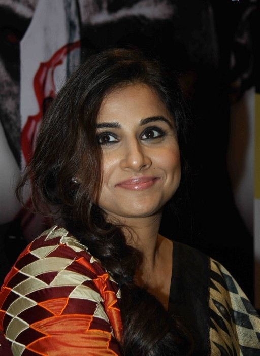 Vidya Balan Latest Cute Beautiful Photos In Black Saree