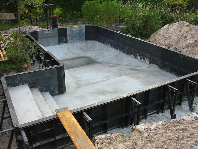 construction de piscines choisir sa piscine. Black Bedroom Furniture Sets. Home Design Ideas