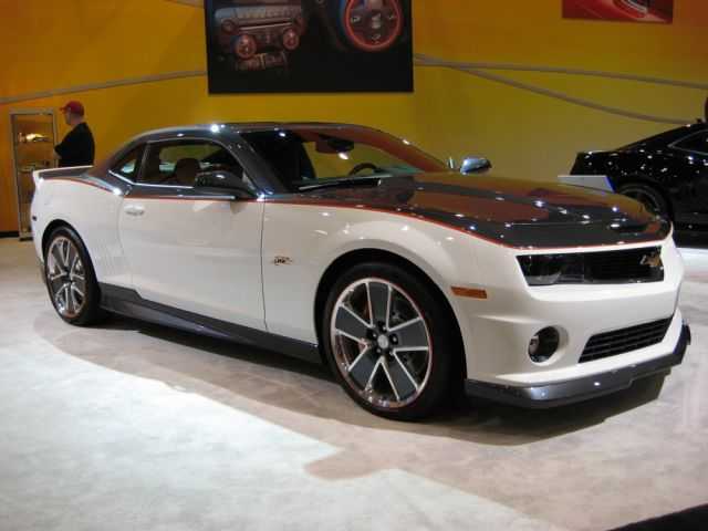 Look At the Car: 2013 Chevrolet Camaro