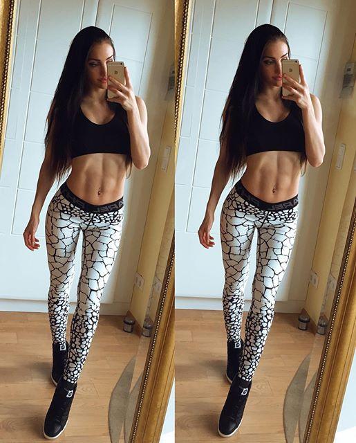 Fitness Model STEPHANIE BÄSSLER Instagram