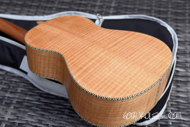 isuzi qm-t ukulele back