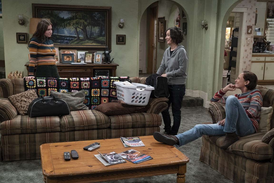The Conners - Season 1 Episode 02: Tangled Up In Blue