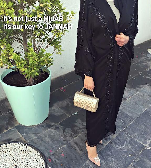 wearing modern dress in Islamic way