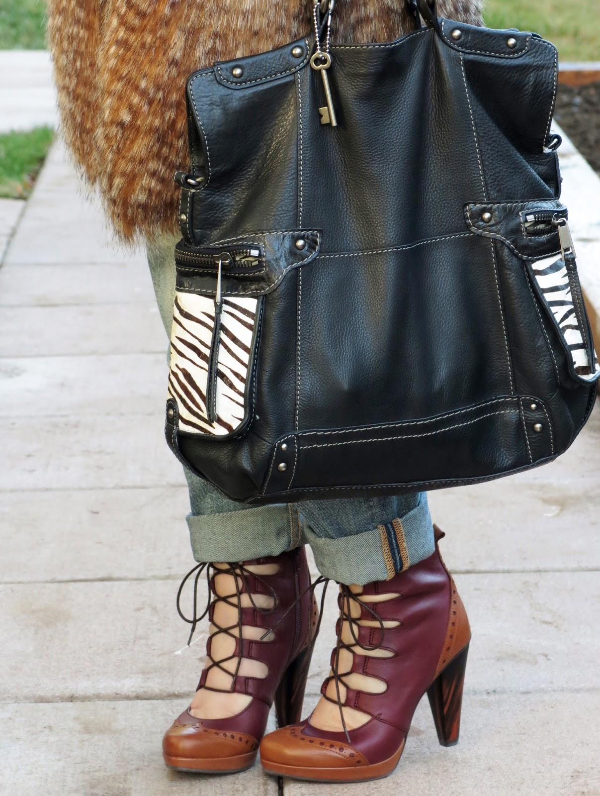 lace-up shoes and zebra-stripe detailed Fossil bag