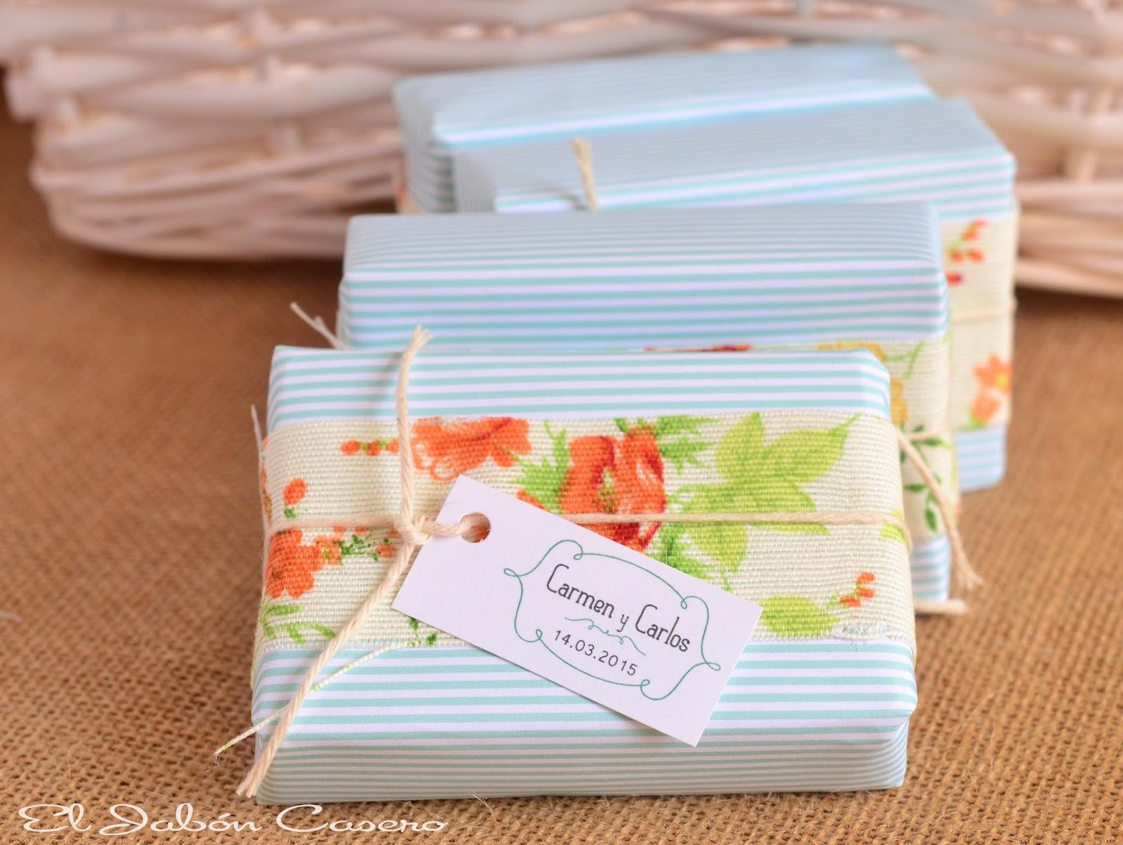 Detalles vintage para invitadas jabones hechos a mano para bodas