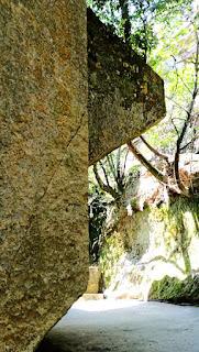 人文研究見聞録:生石神社の石宝殿 [兵庫県]