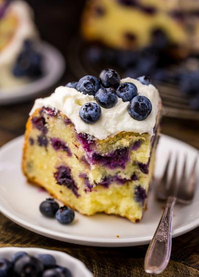 THE BEST BLUEBERRY BUNDT CAKE