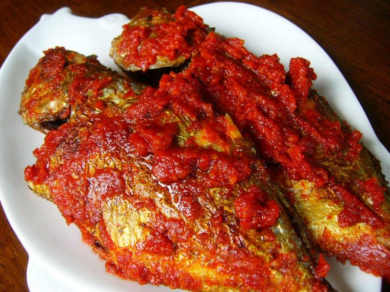 Ikan Goreng Bumbu Balado