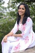 Ritu Varma dazzling in white n white-thumbnail-4