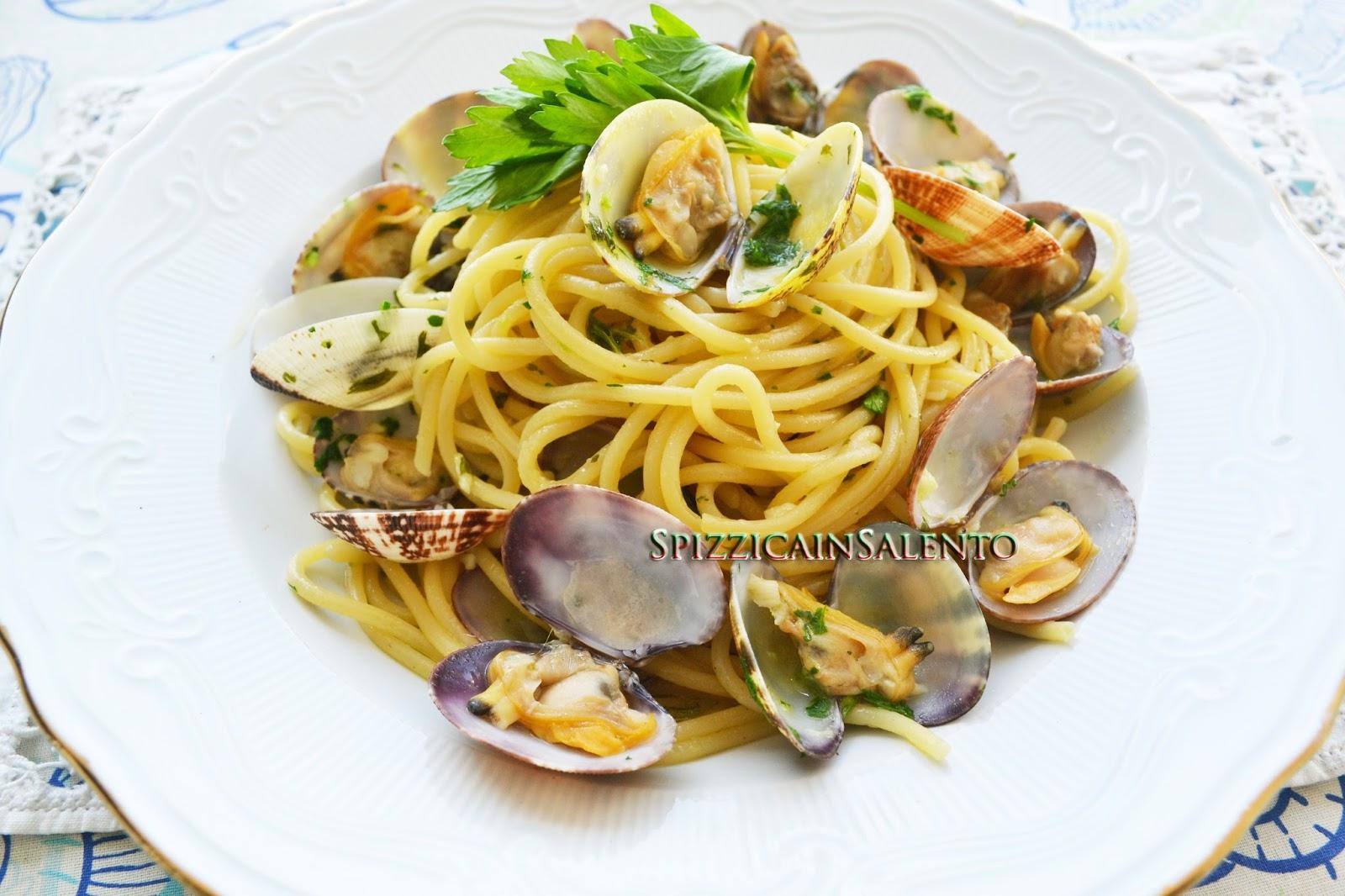Spizzica In Salento Spaghetti Alle Vongole Veraci Ben Arrivata Estate