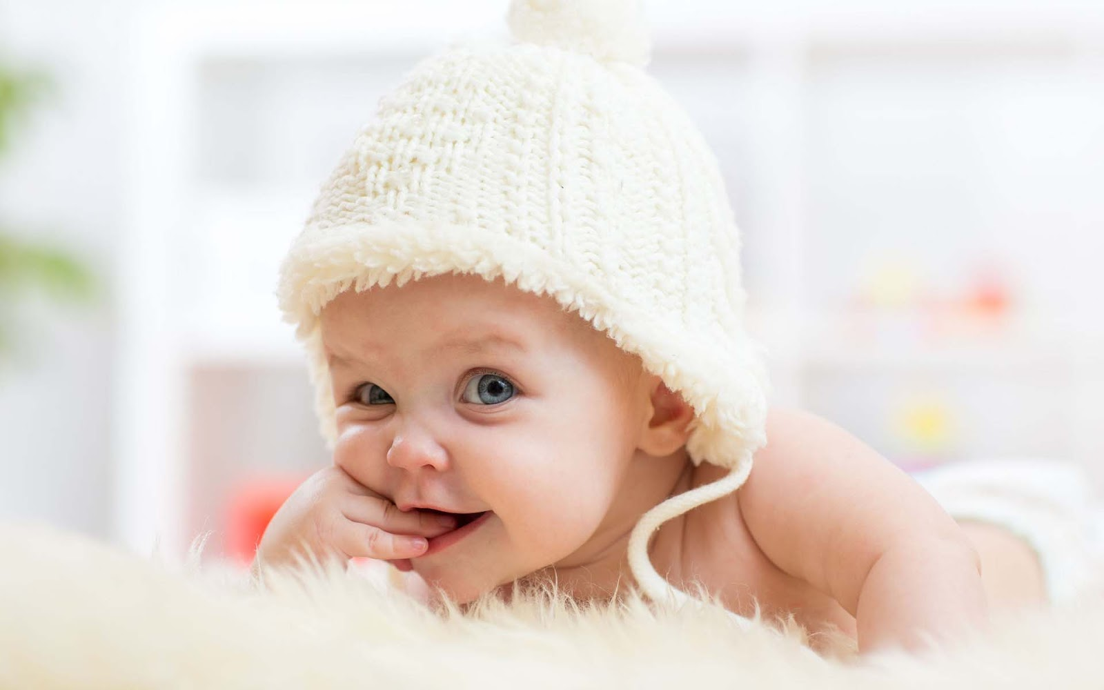 Cute Baby Wallpapers Hd: Cute And Lovely Baby Pictures Free Download