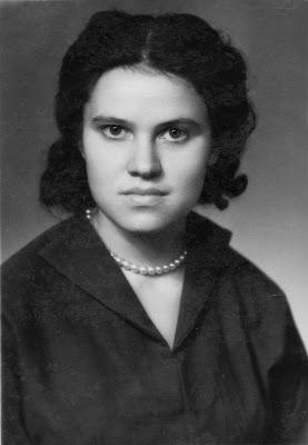 Zinaida Alekseevna Kolmogorova (Zina) - Doğum Tarihi: 12 Ocak 1937