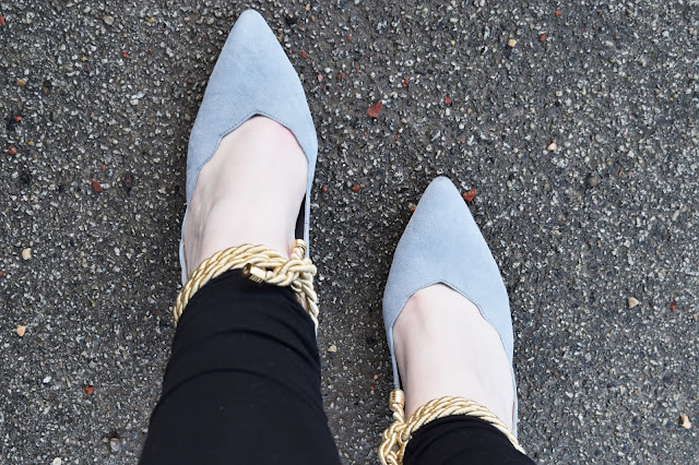 Ted & Muffy Waterlily Court Shoes in Dove Grey Suede