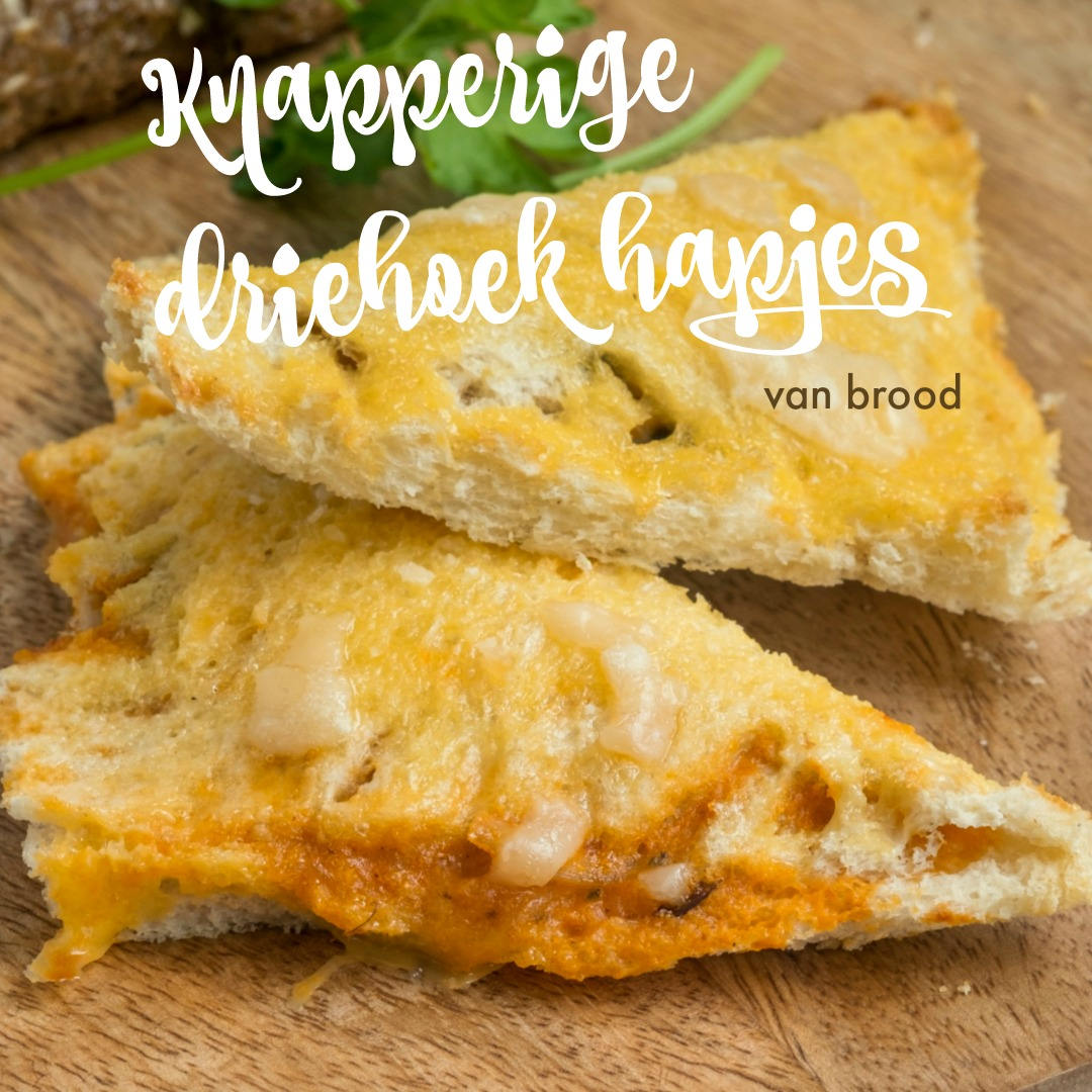 Knapperige driehoek hapjes van brood - Hartige hapjes