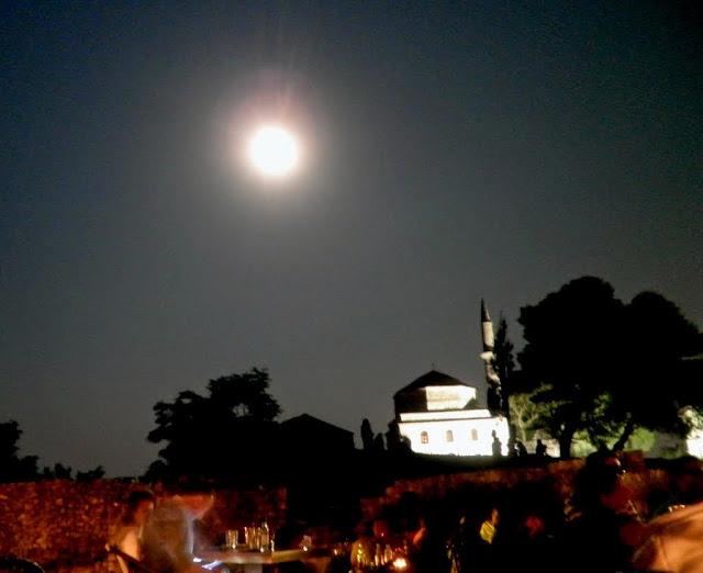 Αποτέλεσμα εικόνας για Αυγουστιάτικη πανσέληνος στα μνημεία της Ηπείρου