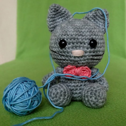Bow... The Kitten - Free Pattern