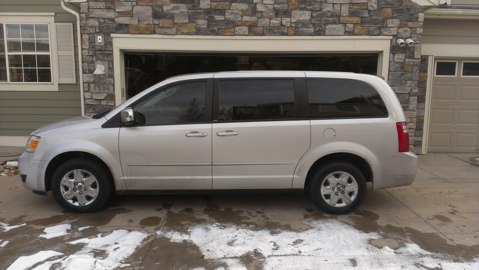 so amazingly blessed 2006 nissan quest vs 2009 dodge grand caravan nothing wrong with an. Black Bedroom Furniture Sets. Home Design Ideas
