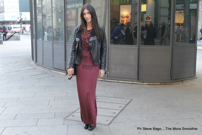 paola buonacara, outfit, look, ootd, fashion, fashionblogger, fashionblog, italian blogger, blogger italiana, italian fashionblog, italian fashion blogger, tuwe, la carrie bag, dress, bag, outfit rock, outfit in red, vestito di lana, come indossare un vestito di lana