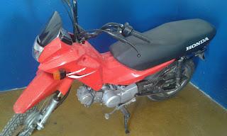 Moto roubada no RN é localizada atrás do matadouro público de Nova Floresta na PB