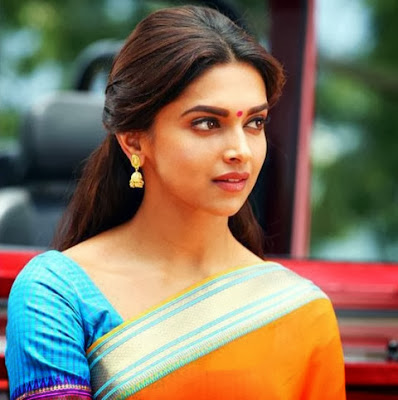 Deepika-Padukone-in-sari-wallpaper