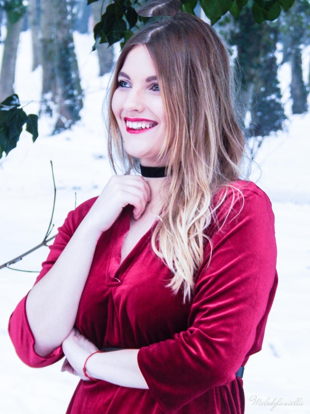 007 torebka manzana czarna czerwona aksamitna  sukienka zaful choker sammydress girl fashion zimowy lookbook stylizacja melodylaniella rajstopy veera pończochy fashion moda szary płaszcz