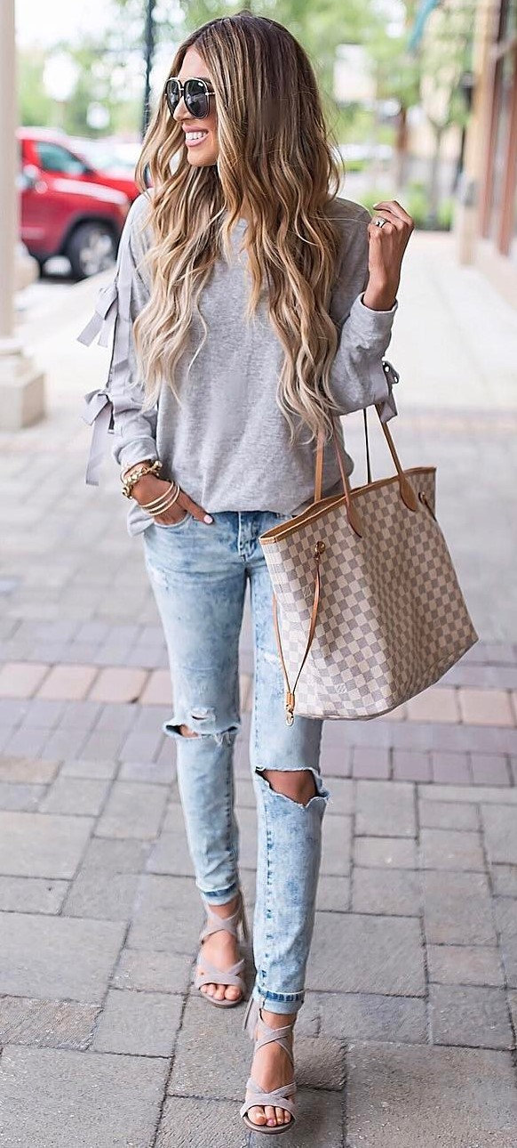 casual style inspiration: top + ripped jeans