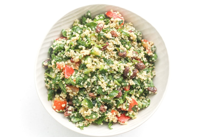 BEST QUINOA SPINACH POWER SALAD WITH LEMON VINAIGRETTE