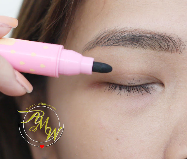 a photo of Happy Skin Pretty Clean Makeup Eraser Review