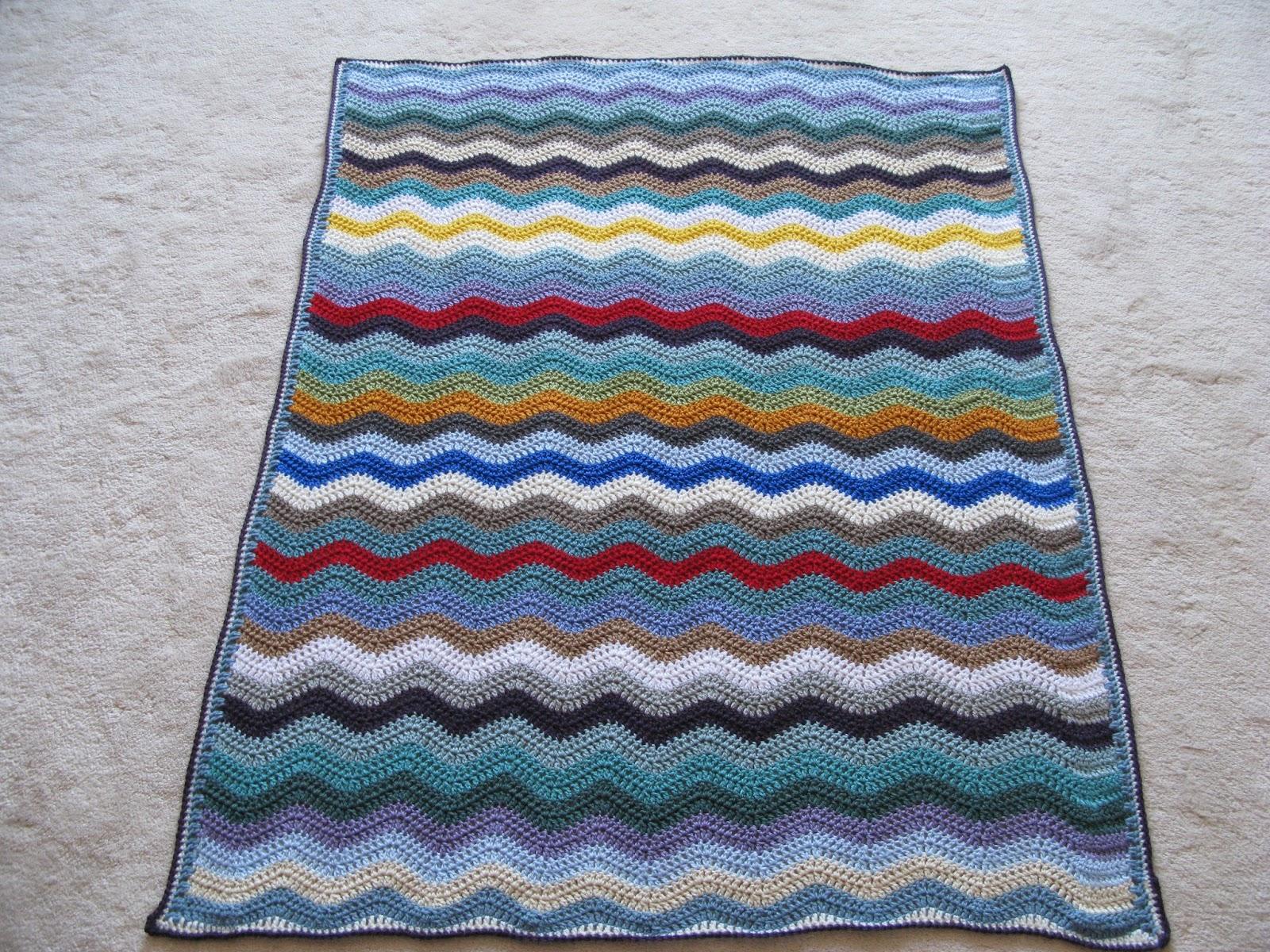 Crochet Baby Blanket Patterns Worsted Weight Yarn : meo my crochet: Stash-Buster Ripple Baby Blanket