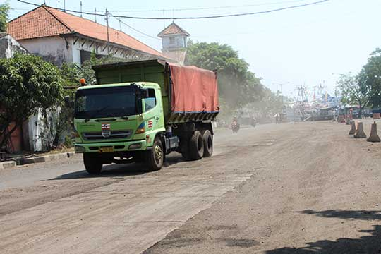 warga cirebon kembali mengeluh debu batubara