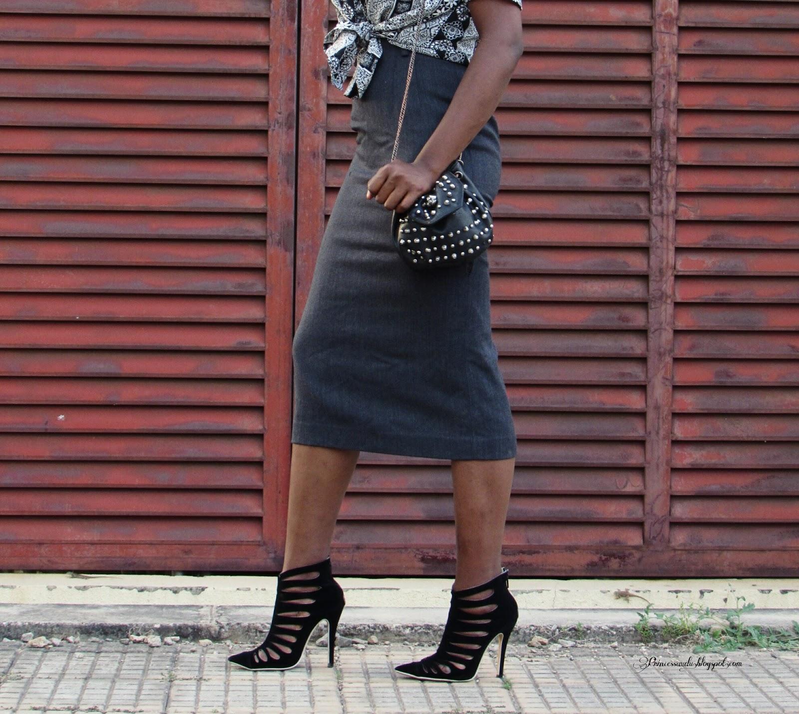 Grey pencil skirt, studs