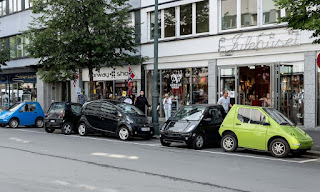 Electric cars parked in Oslo. (Photograph Credit: Thomas Russ Arnestad / Alamy Sto/Alamy Stock Photo) Click to Enlarge.