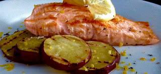 Salmão com batata doce low carb