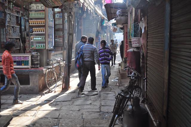 varanasi holy city early morning photography