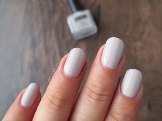 Nykaa S'mores Milkshake Matte Beige Nail Polish Swatch