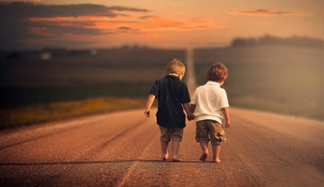 Menjadi Sahabat Terbaik Tanpa Syarat, Tanpa Modus Apapun