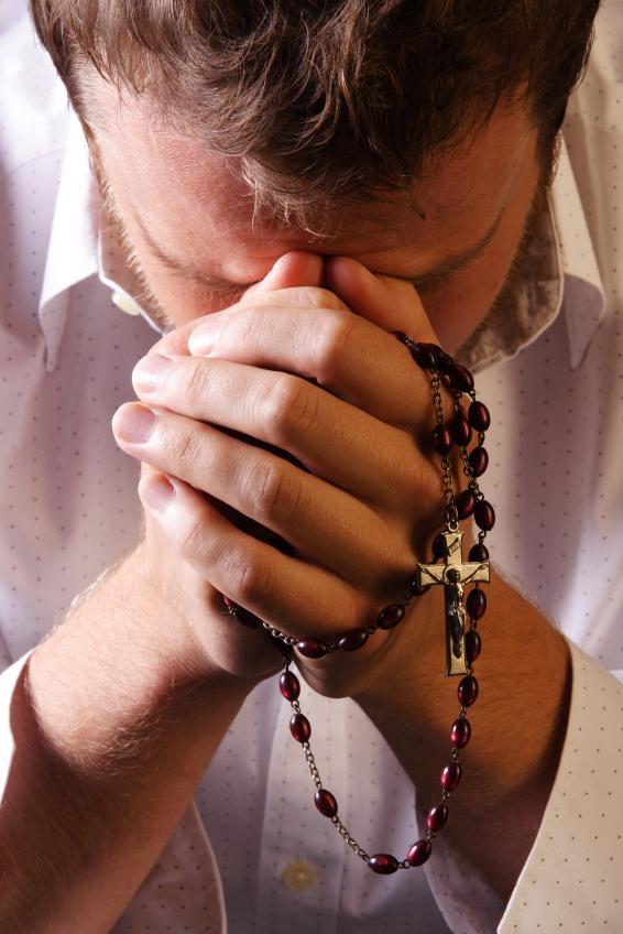 Breviário Apenas Leve Um Terço Com Você E Deus Lhe Protege