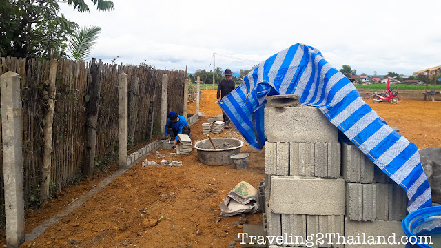 The Rice Field Project : Building a wall in Thailand