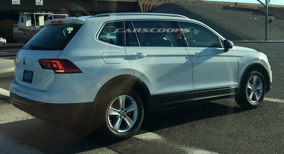 2017 VW Tiguan LWB Spotted By Reader In The US