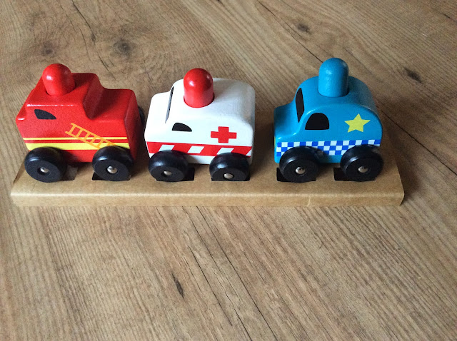 Discoveroo Squeaker Emergency Cars Set