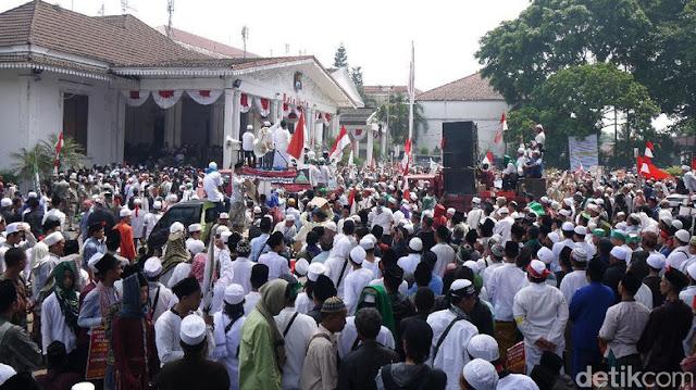 Didatangi Ribuan Umat Islam, Wali Kota Bogor Bekukan IMB Masjid Wahabi