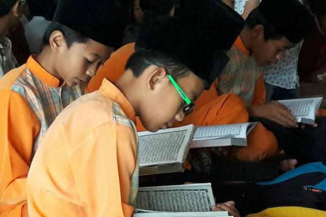 Khatam Al-Quran, Inilah Keutamaan dan Manfaatnya yang Begitu Istimewa