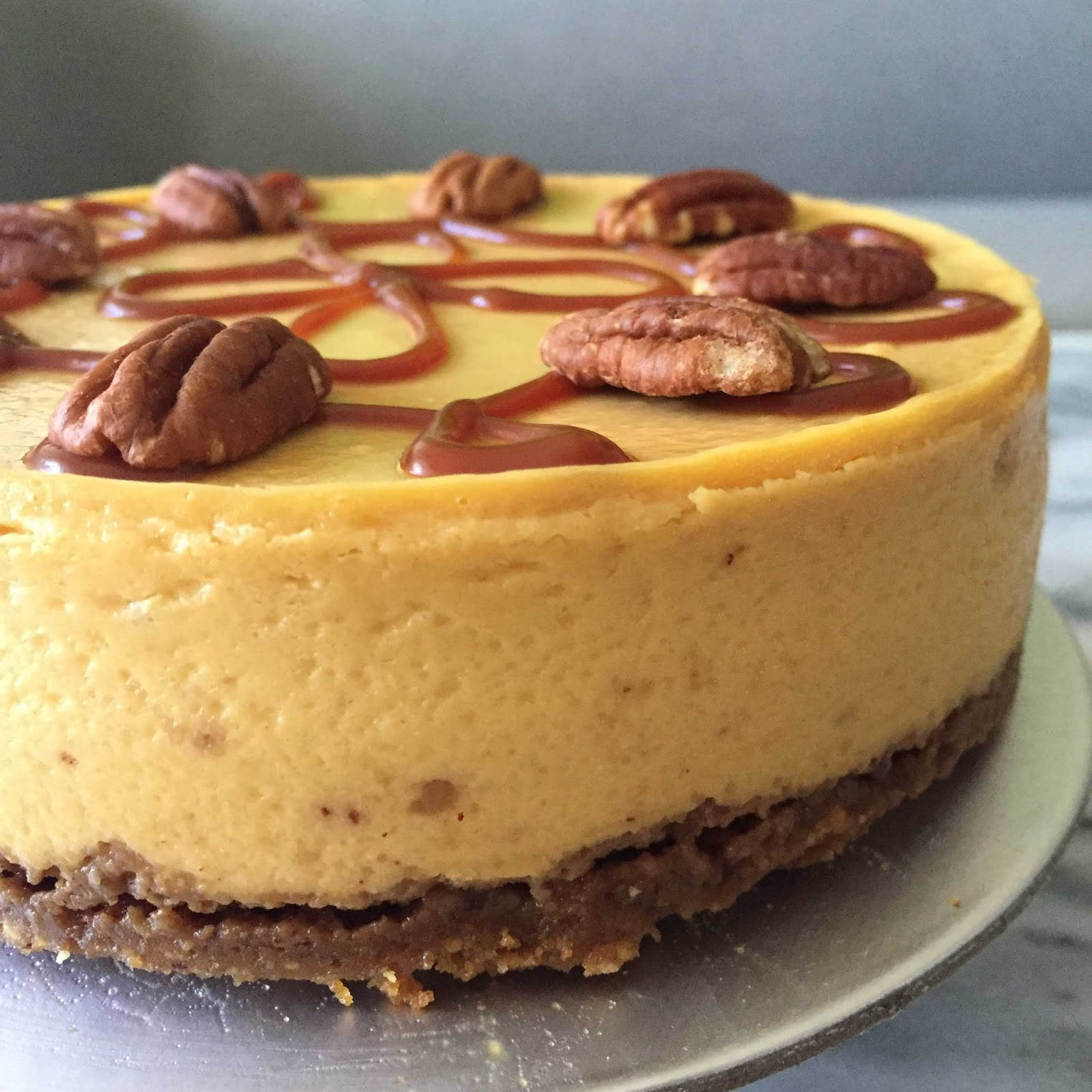 Simple Indulgence: Pure Pumpkin Cheesecake