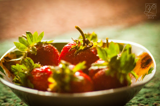 Strawberries for desktop