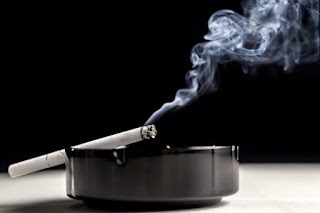 Cara Menghilangkan Bau Rokok Pada Baju